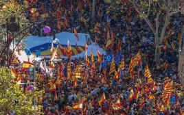 מאות אלפים מפגינים בעד איחוד עם ספרד, ברצלונה