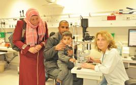 עבדלחי, הוריו  והרופאה שטיפלה בו