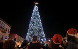 עץ חג מולד ביפו
