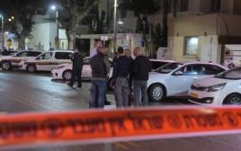 זריקת רימון הלם לעבר תחנת משטרה בתל אביב