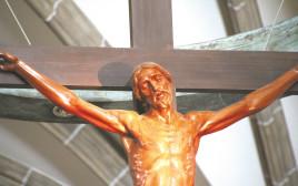 פסל של ישו