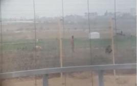 צילום ירי הצלף לעבר הפלסטינים