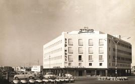 בניין בית מעריב, 1957