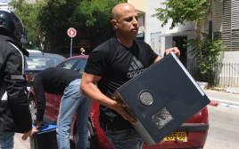 פשיטה של המשטרה על מכינת בני ציון בתל אביב