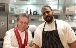 השף אסף שטרן עם השף הטורקי זאקי אזיקוט