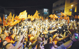 תומכי חיזבאללה חוגגים בלבנון