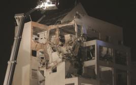 פגיעה בבניין בראשון לציון במהלך מבצע עמוד ענן