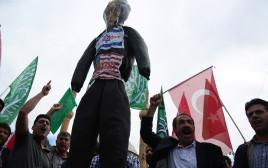 מפגינים בטורקיה נגד ישראל