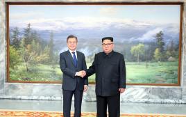 קים ג'ונג און, מון ג'יה אין