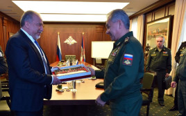 אביגדור ליברמן עם שר ההגנה הרוסי