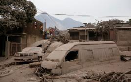 התפרצות הר הגעש בגואטמלה