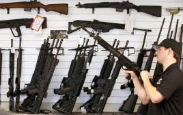 חנות כלי נשק בארצות הברית