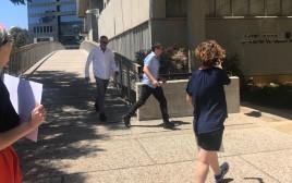 אלון קסטיאל מגיע לבית המשפט