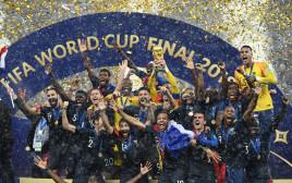 הנפת גביע המונדיאל