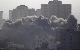 הבניין המופצץ בעזה