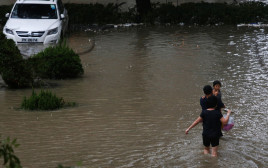 הצפה בהונג קונג בעקבות הטייפון מנגקוט
