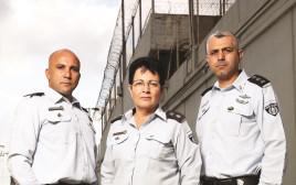 מנהלי בתי הכלא אריק יעקב, שרה פרידמן וחגי דוד