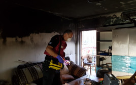 שריפה בבניין בערד