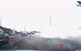 רימונים נופלים בכביש 1