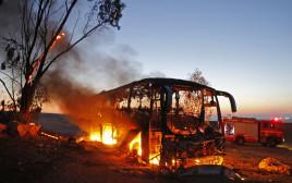 האוטובוס שנפגע מטיל בעוטף עזה
