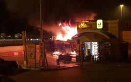 שריפה בתחנת הדלק בשער הגיא