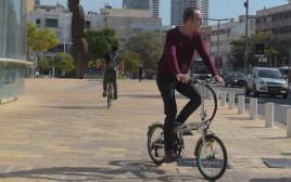 """שביל האופניים ב""""הבימה"""""""