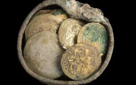 המטמון העתיק שנמצא בקיסריה