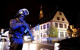 כוחות ביטחון בזירת האירוע בשטרסבורג