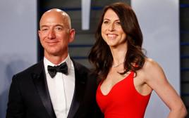 ג'ף בזוס ואשתו מקנזי