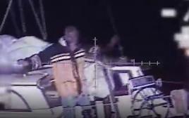 חילוץ האזרח הצרפתי מלב ים