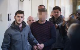 החשוד ברצח בני הזוג כדורי מובא לבית המשפט בירושלים