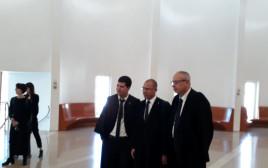 עורכי הדין נבות תל-צור, טל שפירא ועמית חדד