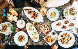 מסעדת הולה