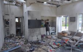 הבית שנפגע מהרקטה במושב משמרת