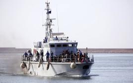 ספינת מהגרים בים התיכון