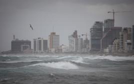 מזג אוויר חורפי בתל אביב