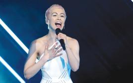 הזמרת סורי, נציגת בריטניה באירוויזיון
