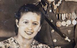 רחל אנגלרד, מאלבום התמונות המשפחתי