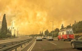 שריפות ברחבי הארץ בשל עומסי החום