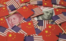 דגלי ארצות הברית וסין