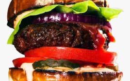 """המבורגר טבעוני של """"Beyond Meat"""""""