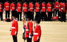 שני שומרים ממשמר המלכה התעלפו במהלך אירוע