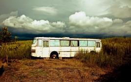 אוטובוס נטוש (אילוסטרציה)
