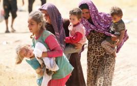 נשים יזידיות נמלטות משבי דאעש, ארכיון