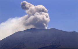 הר הגעש אסאמה ביפן
