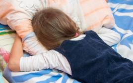 ילדה בוכה (אילוסטרציה)