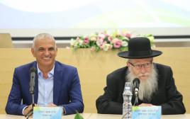 יעקב ליצמן, משה כחלון