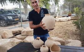 אחמד נסאר יאסין והממצאים בני ה-4,500