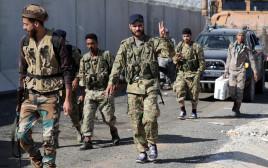 מורד סורי וחיילים טורקים בכפר יאביסה