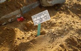 קברה של התינוקת שנפטרה באשקלון